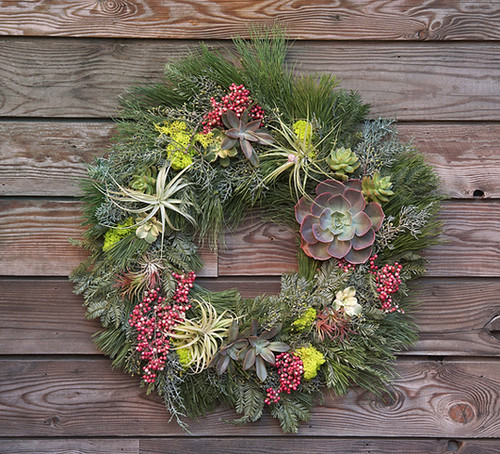 Design Inspiration: Holiday Wreaths and Tree Ornaments Wit… | Flic