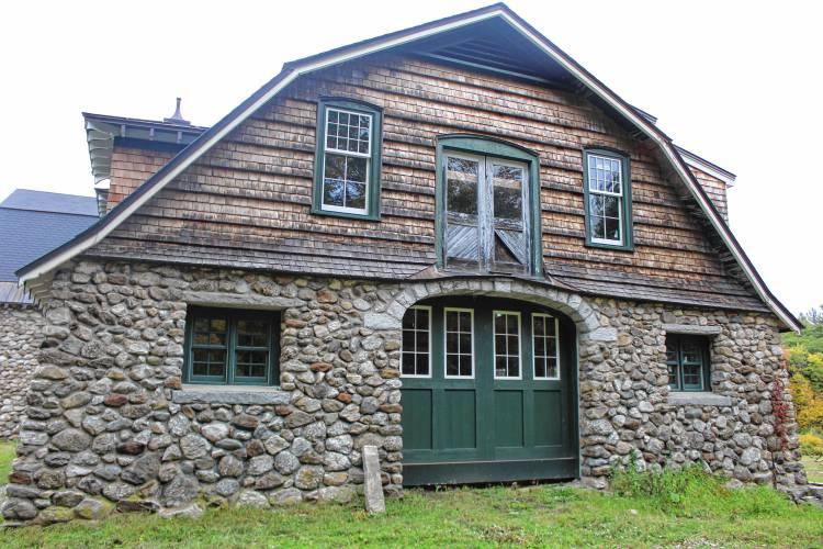 Monadnock Ledger-Transcript - Letter: Old Stone Barn lo