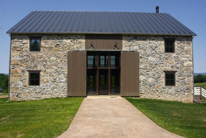Virginia Stone Barn - Fine Homebuildi