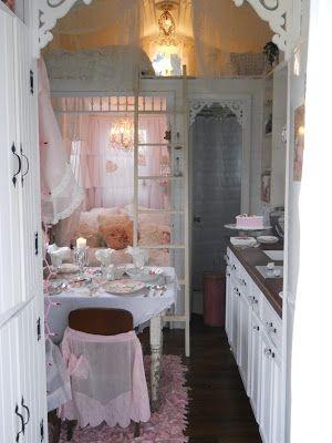 Shabby Chic Tiny Retreat   Shabby chic decor, Shabby chic homes .