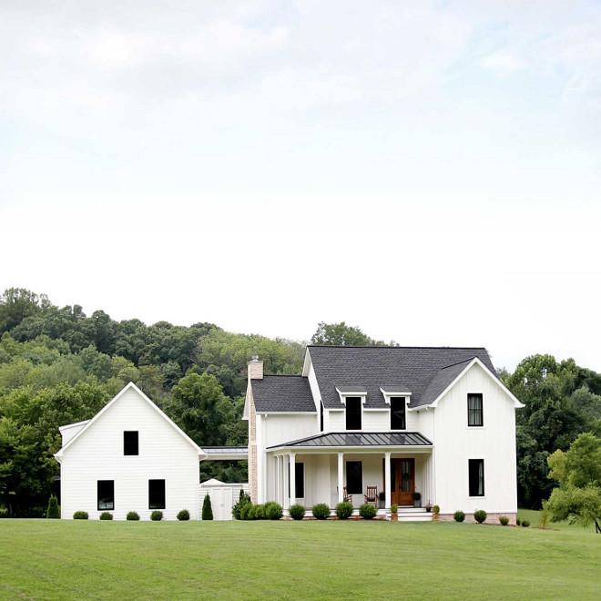Top 5 White Modern Farmhouse Exteriors - Home Bunch Interior .