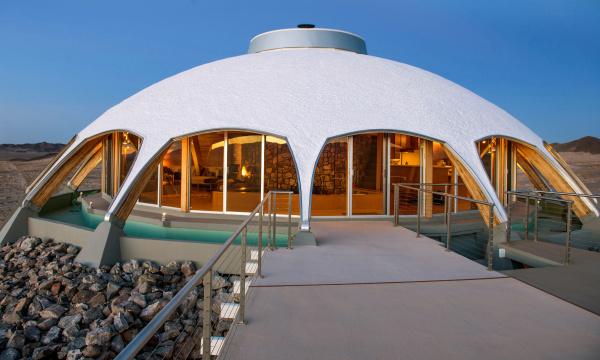 MOJAVE DESERT: Huell Howser's Volcano House sells for $750,000 .