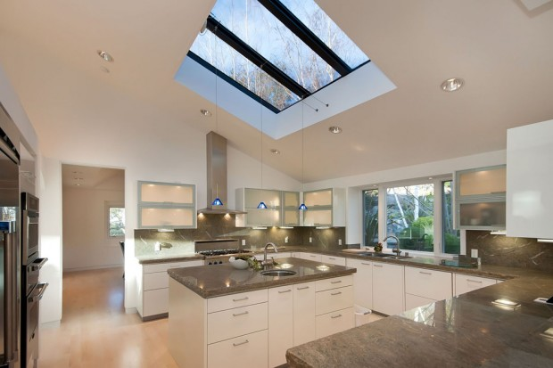 How to Choose the Perfect Skylight for Your Home .
