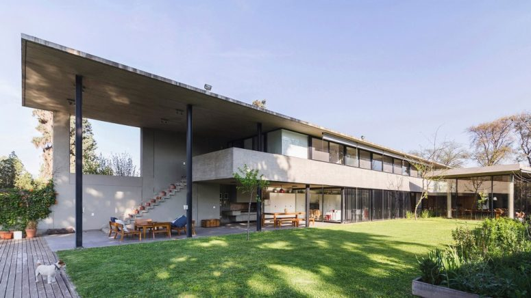 Contemporary Concrete House With Extensive Glazing - DigsDi