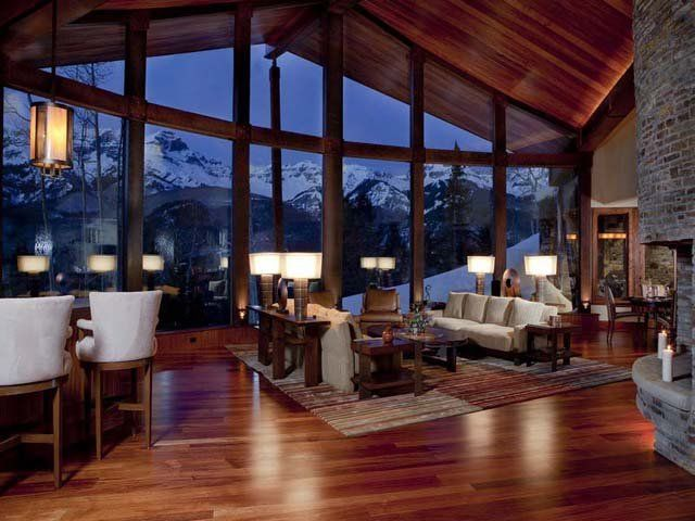 Log home in the Rocky Mountains. Breathtaking view!   Mountain .