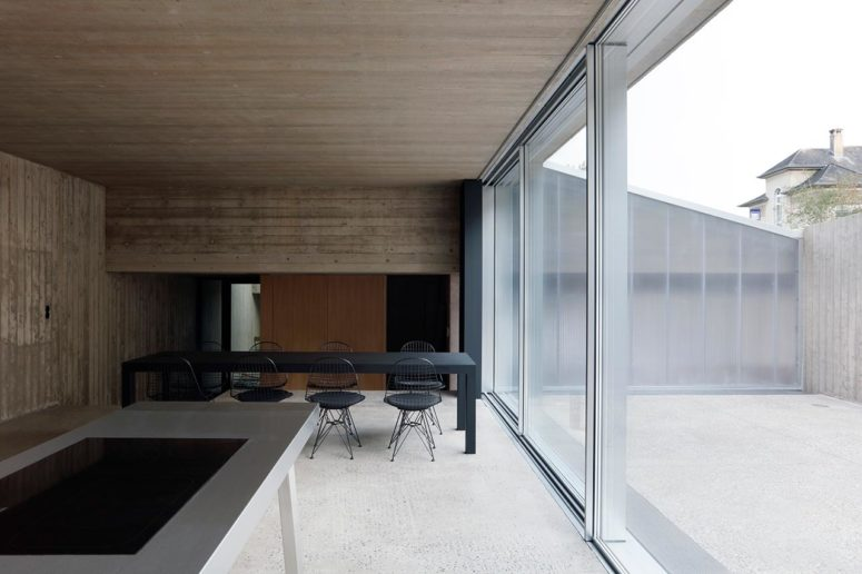Minimalist Hercule House With Stripped Down Aesthetic - DigsDi