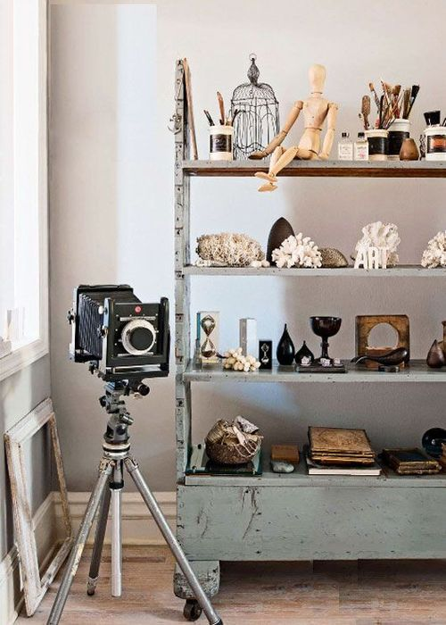 How To Decorate Your Home With Vintage Items: 24 Amazing Ideas .