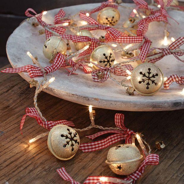 Jingle Bells - Creative Ideas to Use in Christmas Decor .