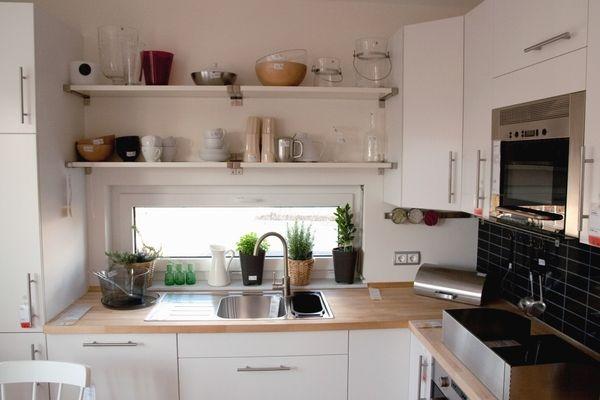 small spaces : kitchens | Small kitchen decor, Small space kitchen .