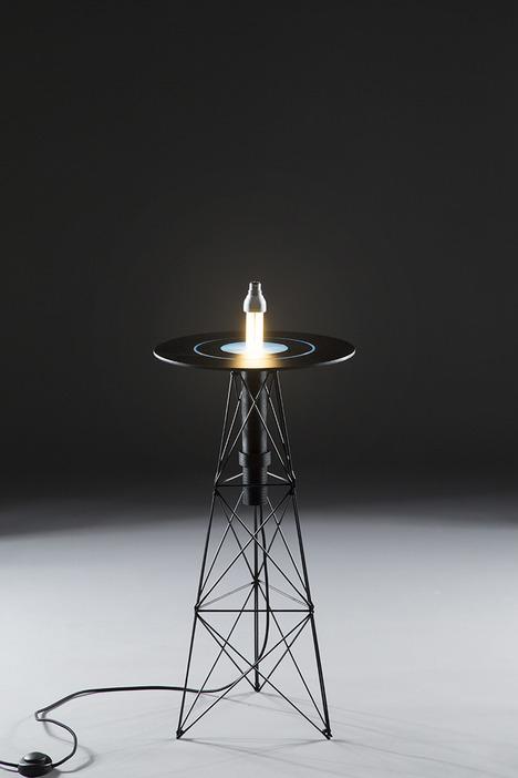 Impressive ElectroMagnetic Table By Florian Dussopt - DigsDi