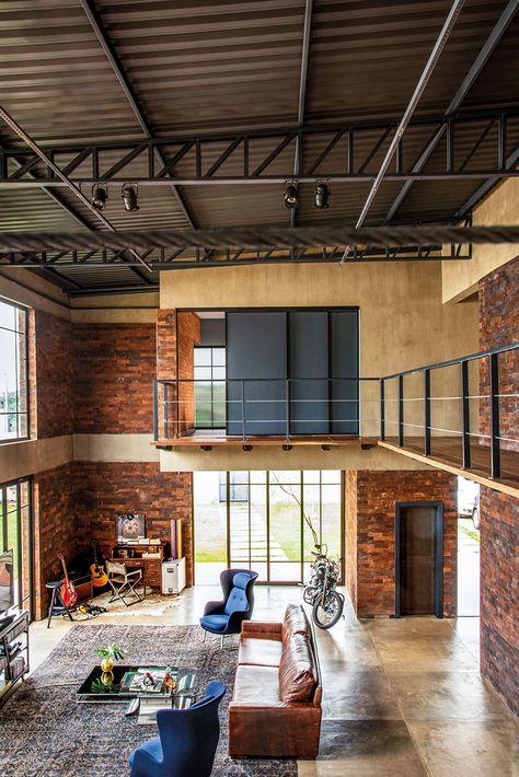 Loft Industrial em 2020 (com imagens) | Decoração de loft, Casa de .