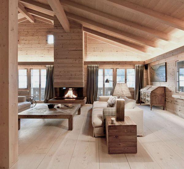 Contemporary yet cozy weekend hideaway in Swiss Alps: Chalet .