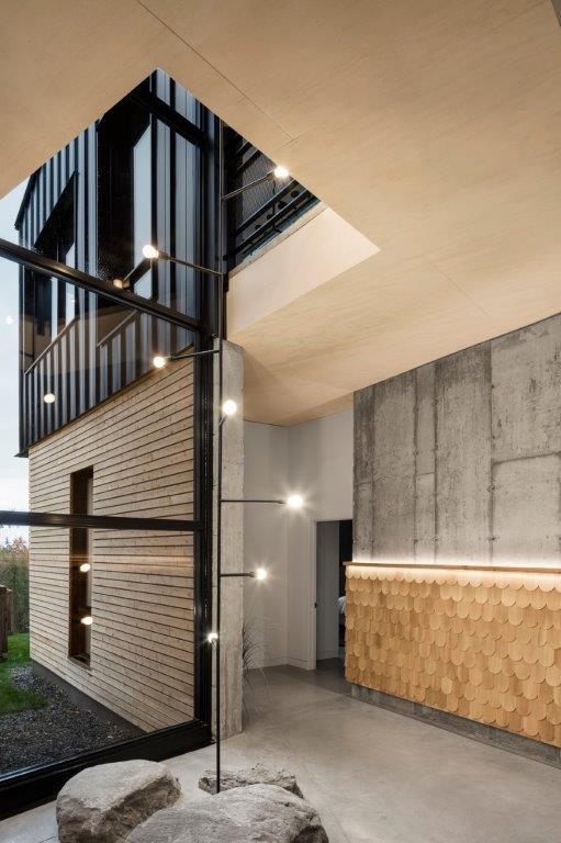 Abercorn Chalet or when industrial design meet chalet desi