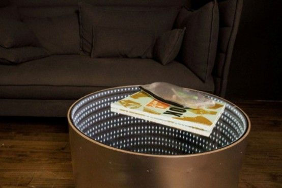 Infinitum Table With A LED Optical Illusion   Aynalar, Sonsuz ayna .
