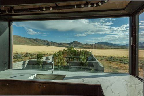 Olson Kundig's High Desert Idaho 'Outpost' Asks $2.75M   Proyectos .