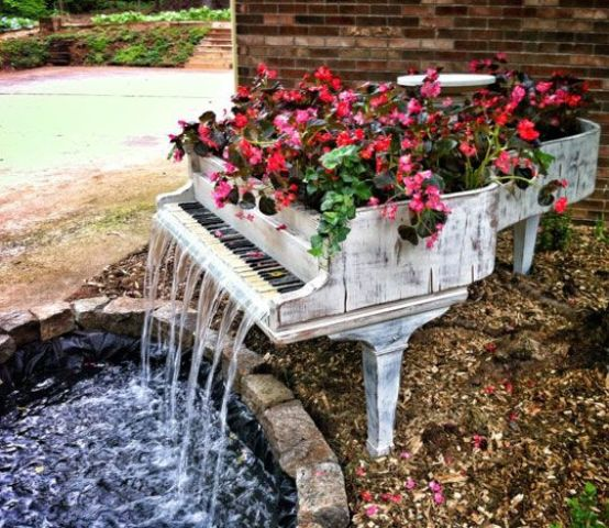 29 Joyful And Beautiful Backyard And Garden Fountains To Inspire .