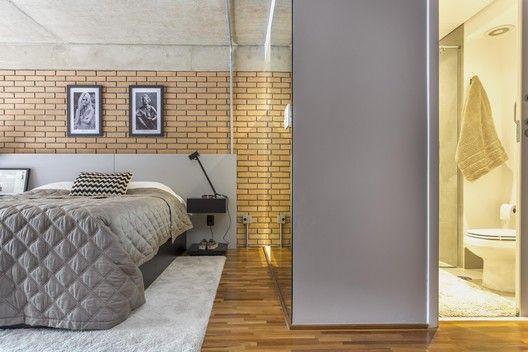 Galeria de Loft / Korman Arquitetos - 23 | Loft design, Bedroom .