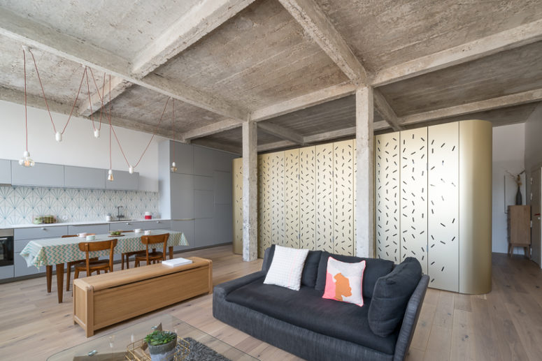 Parisian Loft With A Perforated Central Island - DigsDi