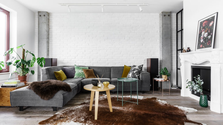 New York-Styled Loft With Industrial And Minimalist Touches - DigsDi
