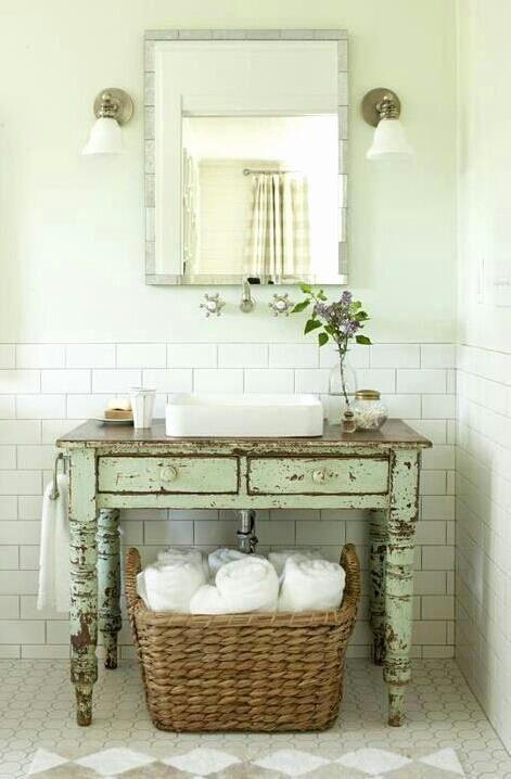 √ 24 Shabby Chic Bathroom Decor in 2020 | Shabby chic bathroom .