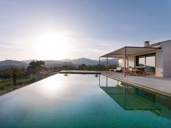 Mallorca House With Open And Light Interiors - DigsDi
