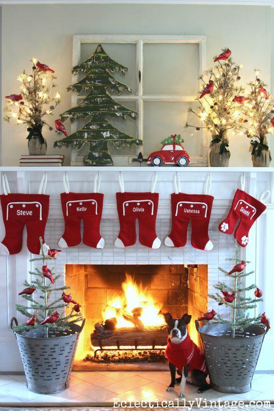 DIY Christmas Mantel and Decor Ideas | Diy christmas fireplace .