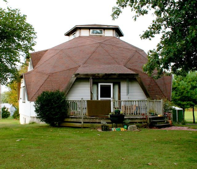 American Homes: Architecture From 1930 to 1965 | Geodesic dome .