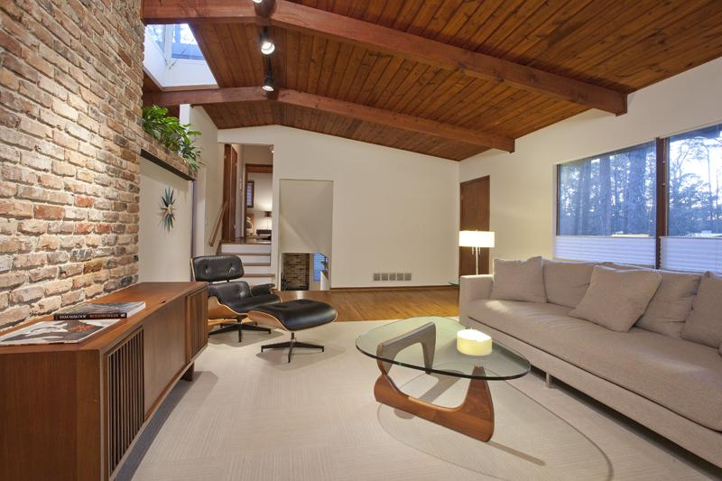 Perfection has an address: Mid-Century Modern Renovati
