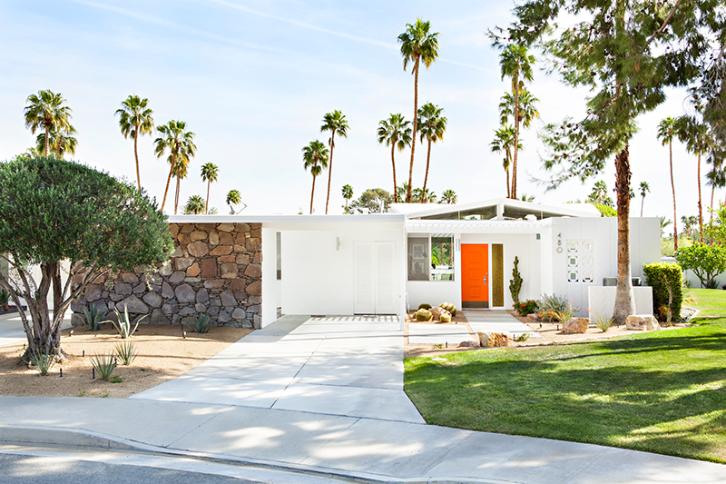 Perfect Pairs: Exterior Paint Colors for Your Mid Century Home - Ho