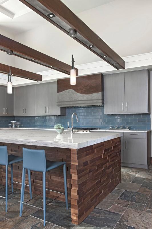 Mid-Century Modern Kitchen - Luxe Homes Design Build - Birmingham .