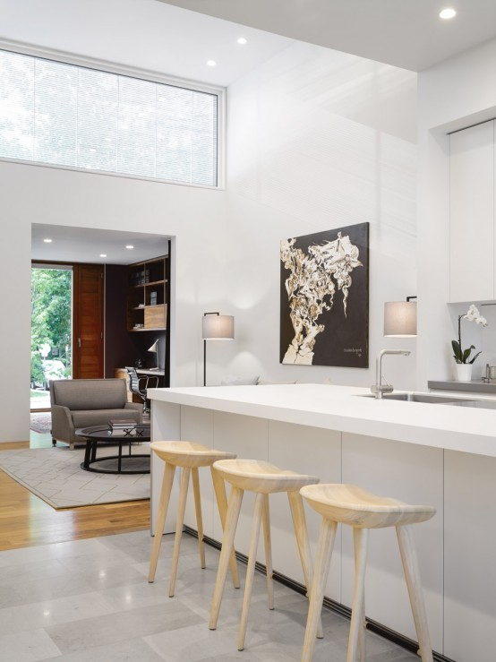 Mid-Century Modern Home With Open-Plan Spaces - DigsDi