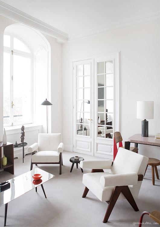 design attractor: Mid century modern design filled apartment in Par