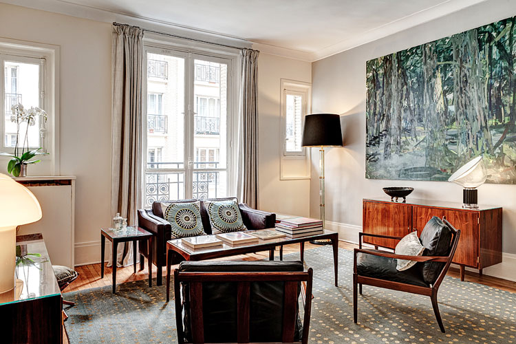 Habitually Chic® » Another Chic Rental Apartment in Par