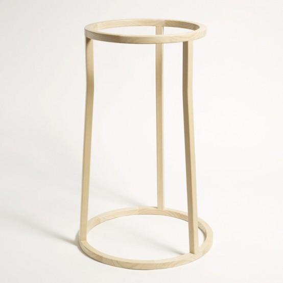 Minimalist And Sophisticated Uma Clothes Stand - DigsDi