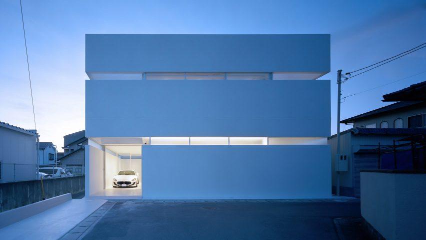 FujiwaraMuro Architects designs minimalist Japanese house to .