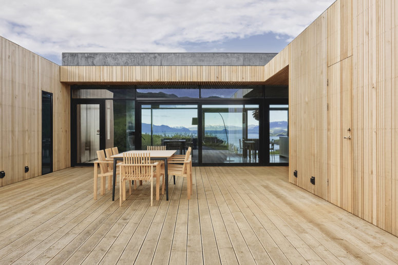 Minimalist Summerhouse In Iceland With Gorgeous Views - DigsDi