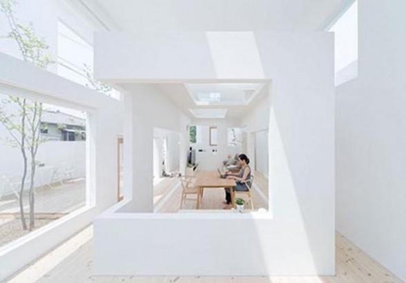 Extreme Home: Minimalist Open Air White House Desi