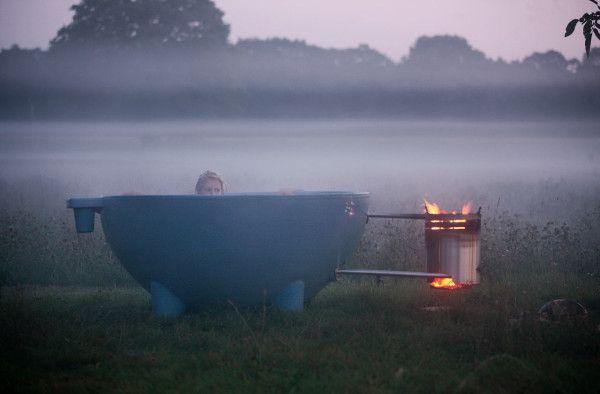 Dutchtub Mobile, Wood Burning, Outdoor Hot Tub | Outdoor bathtub .