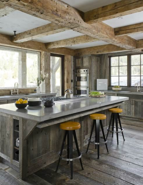 Stunning Weather-Withstanding Barns Inspired Chalet | Decoholic .