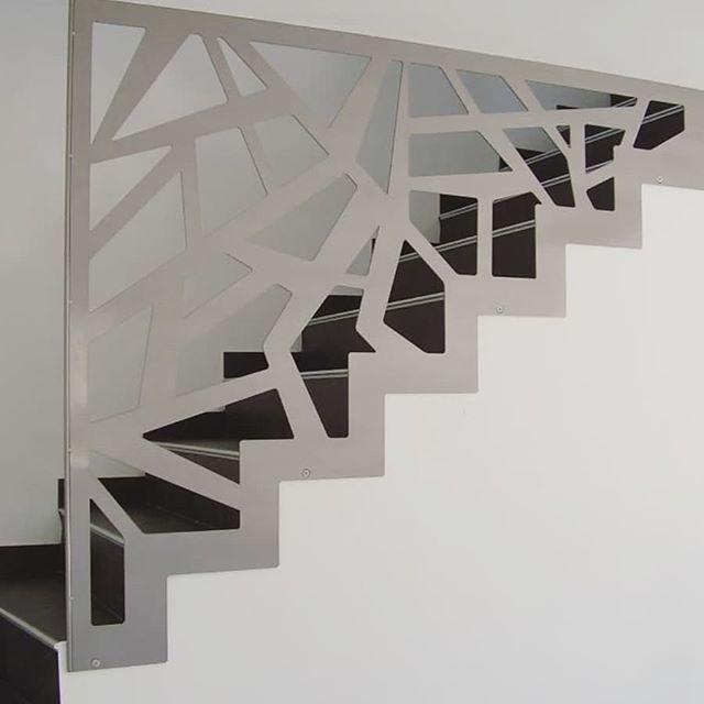 railing! | Barandilla escalera interior, Decoración bajo escaleras .