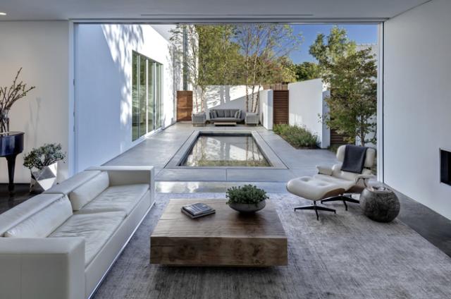 Modern Casa Di Luce With Crisp White Interiors - DigsDi