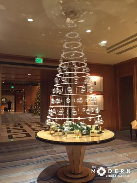 Four Seasons San Francisco hangs The Modern Christmas Tree .
