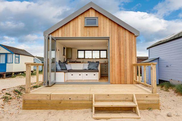 modern Beach huts - Google Search   Quonset hut homes, Beach hut .