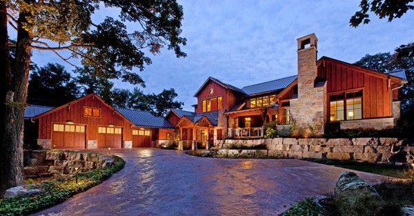 Lake Michigan retreat blends modern and rustic details in 2020 .