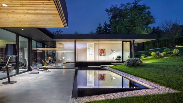 Modern House With A Retro Car As A Focal Point - DigsDi