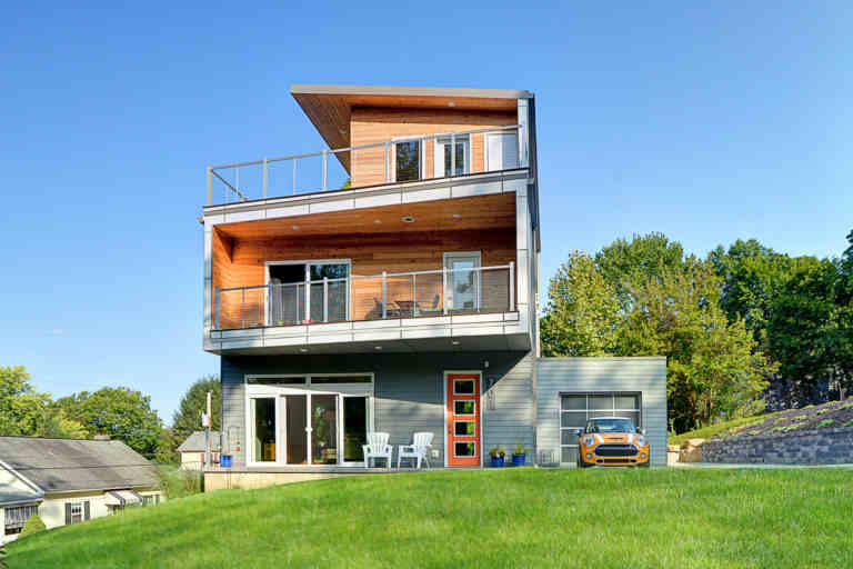 18 Inexpensive Sustainable Homes Almost Anyone Can Affo