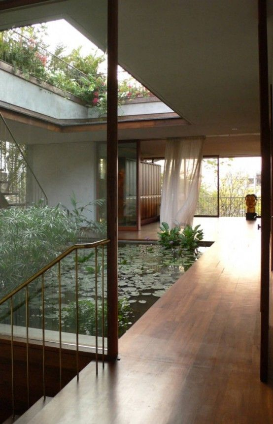 10 The Most Cool And Amazing Indoor Courtyards Ever .
