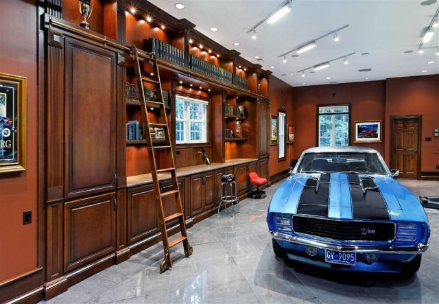 10 The Most Cool And Wacky Garages Ever | Garage interior, Garage .