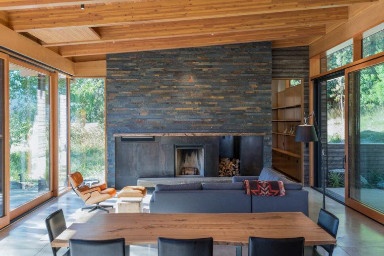 Big Pine Mountain Cabin For Cozy Weekends - DigsDi