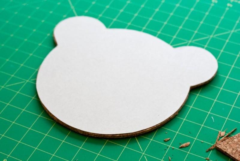 Nice DIY Cork Bear Mirror For A Kids Room   Kidsoman